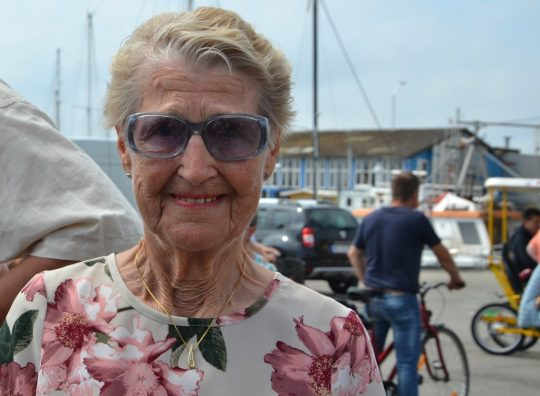 Anny var blomsterpige for 75 år siden